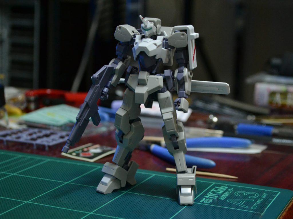 HG 1/144 イオフレーム獅電改(オルガ機) 正面