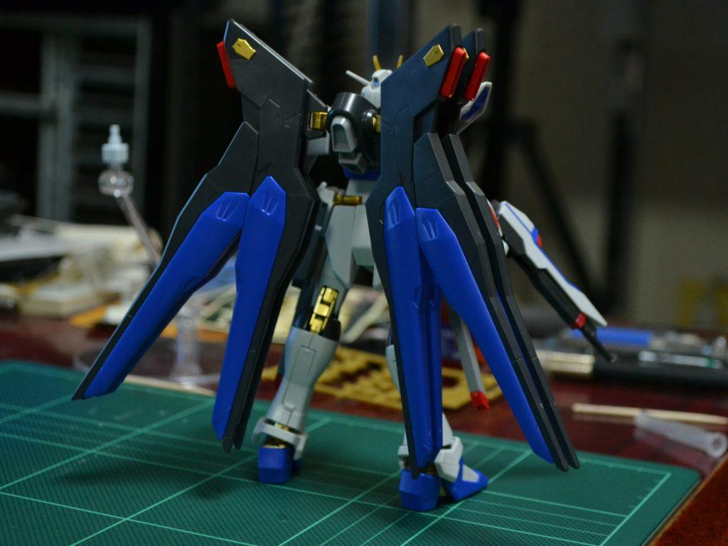 HGCE 1/144 ストライクフリーダムガンダム 光の翼DXエディション 背面