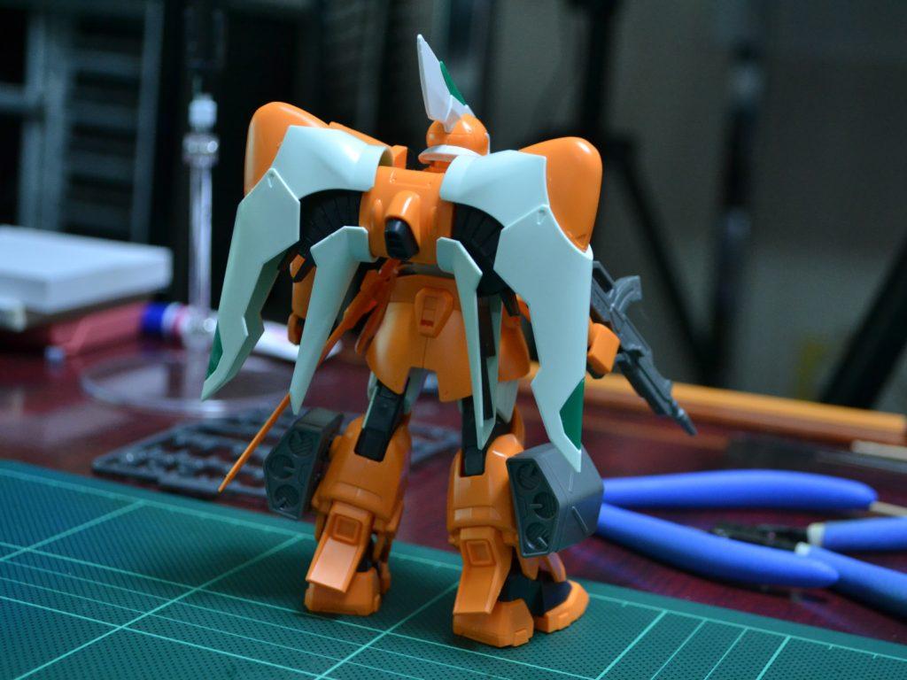 HG 1/144 ZGMF-1017 モビルジン(ミゲル・アイマン専用機) [MOBILE GINN(MIGUEL'S GINN)] 背面