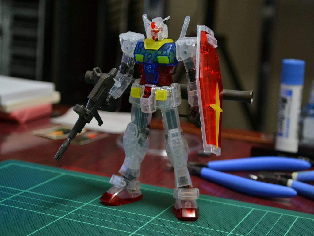 HGUC 1/144 REVIVE RX-78-2 ガンダムクリアカラーVer. 正面