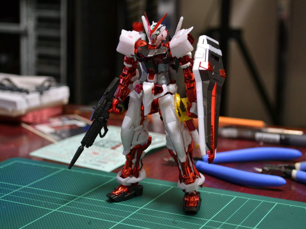 RG 1/144 MBF-P02 ガンダムアストレイレッドフレーム メッキVer. [GUNDAM ASTRAY RED FRAME PLATED Ver.] 正面