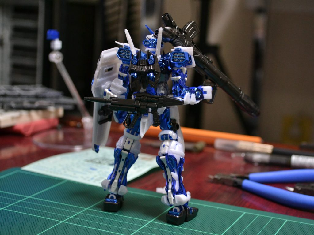 RG 1/144 MBF-P03 ガンダムアストレイブルーフレームメッキVer. [GUNDAM ASTRAY BLUE FRAME PLATED Ver.] 背面
