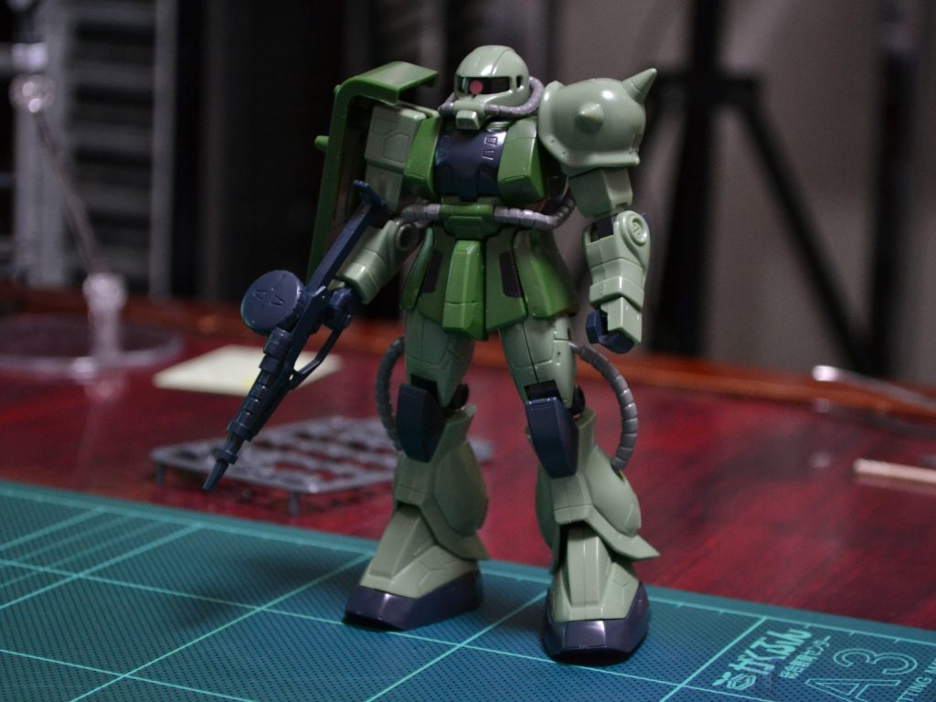 HG 1/144 MS-06J ザクII 正面