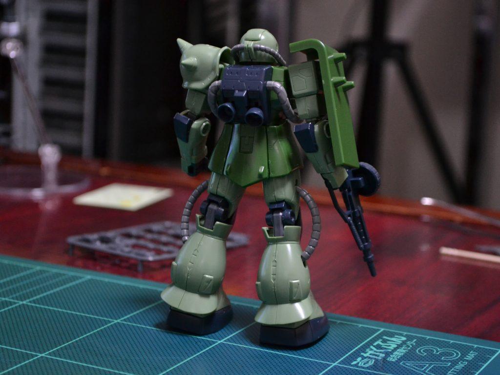 HG 1/144 MS-06J ザクII 背面