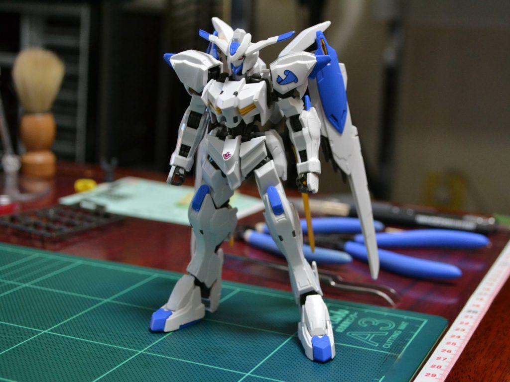 HG 1/144 ASW-G-01 ガンダムバエル 正面
