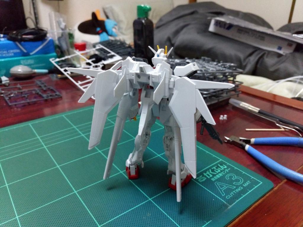 HGCE 1/144 ストライクガンダム 電撃ホビージャパン SPECIAL 背面