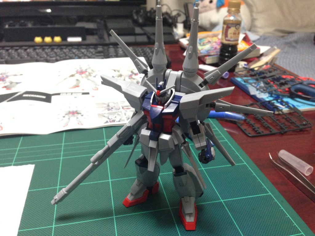 HG 1/144 ZGMF-X666 レジェンドガンダム 正面