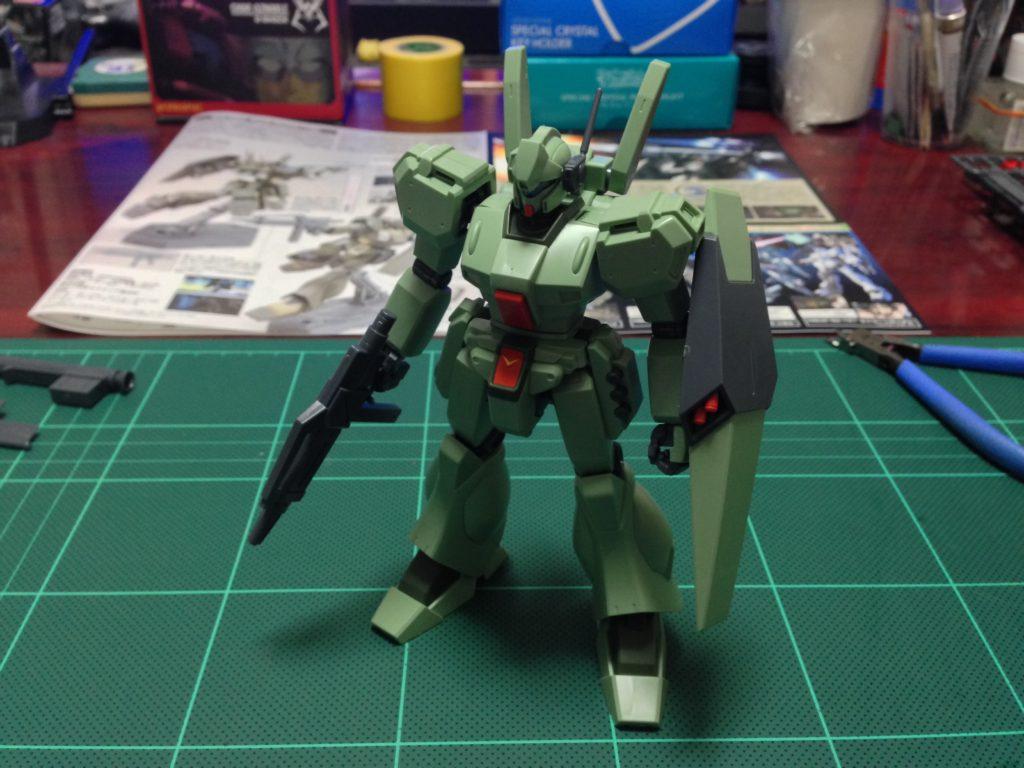 HGUC 1/144 RGM-89D ジェガンD型 正面