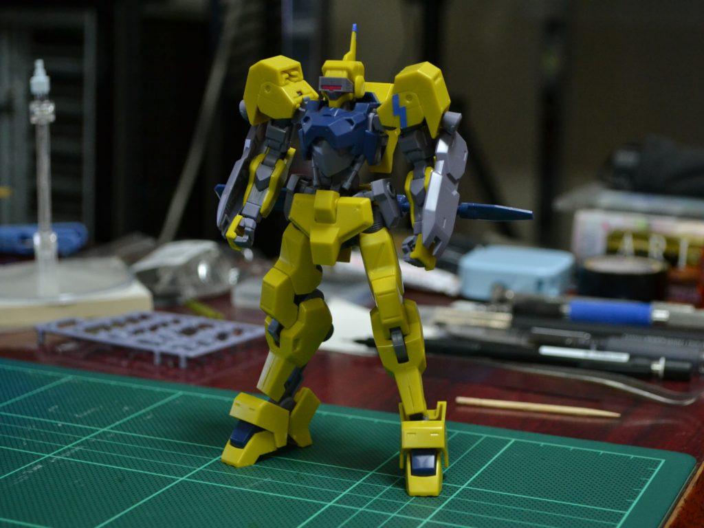 HG 1/144 イオフレーム獅電改(ライド機) 正面