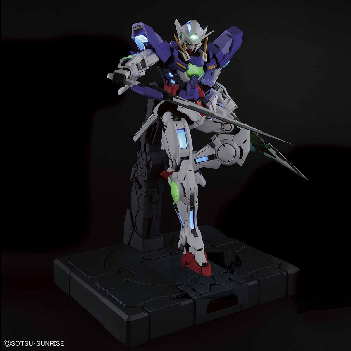 57933PG 1/60 GN-001 ガンダムエクシア(LIGHTING MODEL) [Gundam Exia (Lighting Model)]