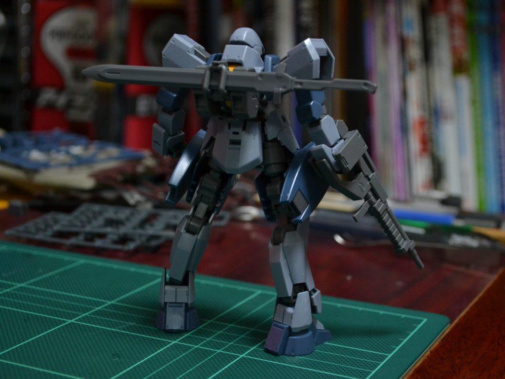 HG 1/144 EB-06j グレイズ(地上戦仕様) ツインセット 背面