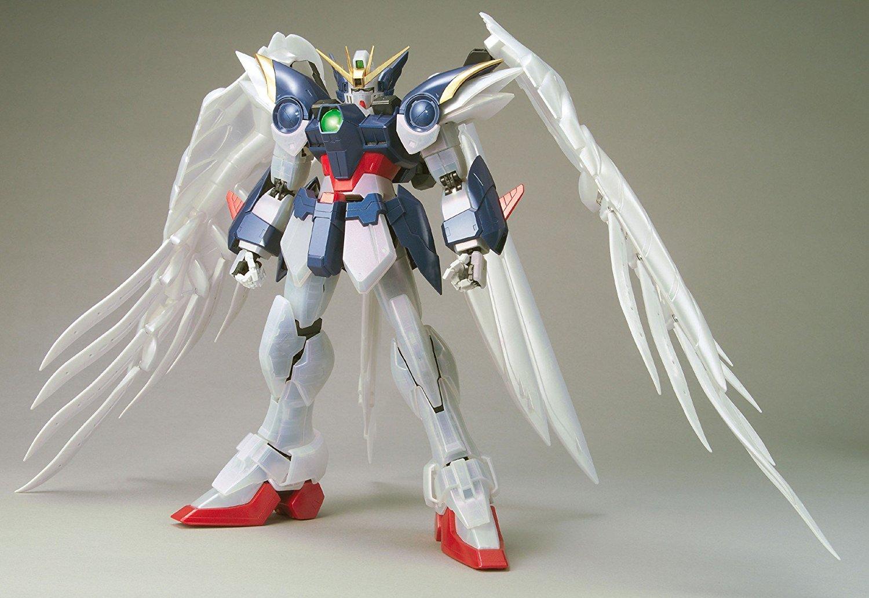 55730PG 1/60 XXXG-00W0 ウイングガンダムゼロ(EW版)パールミラーコーティングVer. [Wing Gundam Zero Custom (Pearl Mirror Coating Ver.)]
