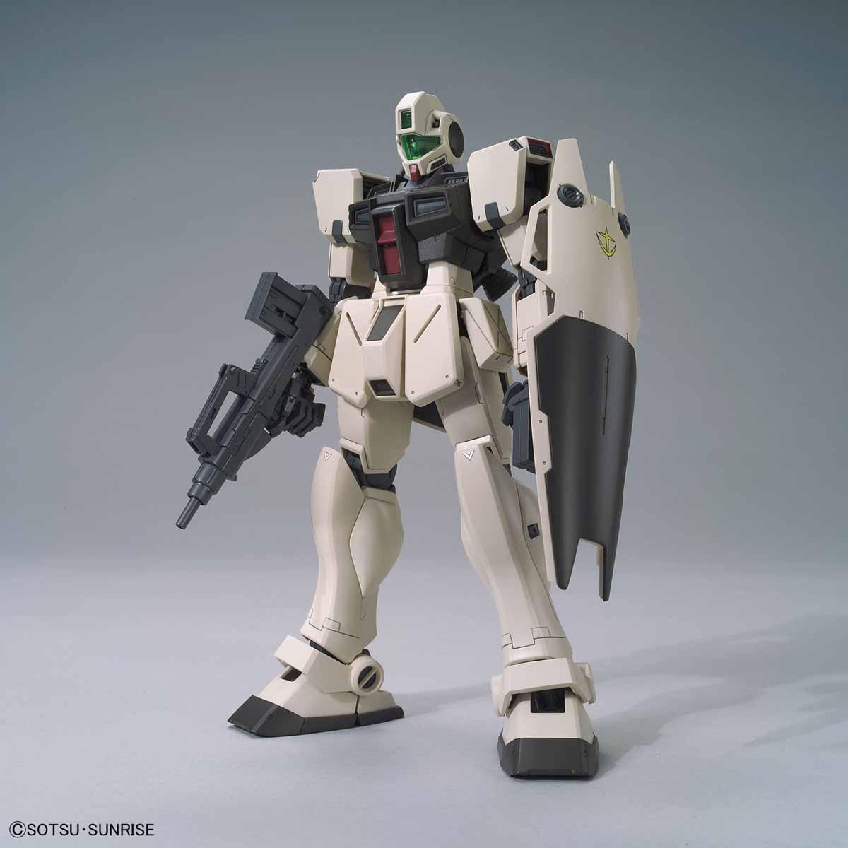 58832MG 200 1/100 RGM-79G ジム・コマンド(コロニー戦仕様) [GM Command (Colony Type)]