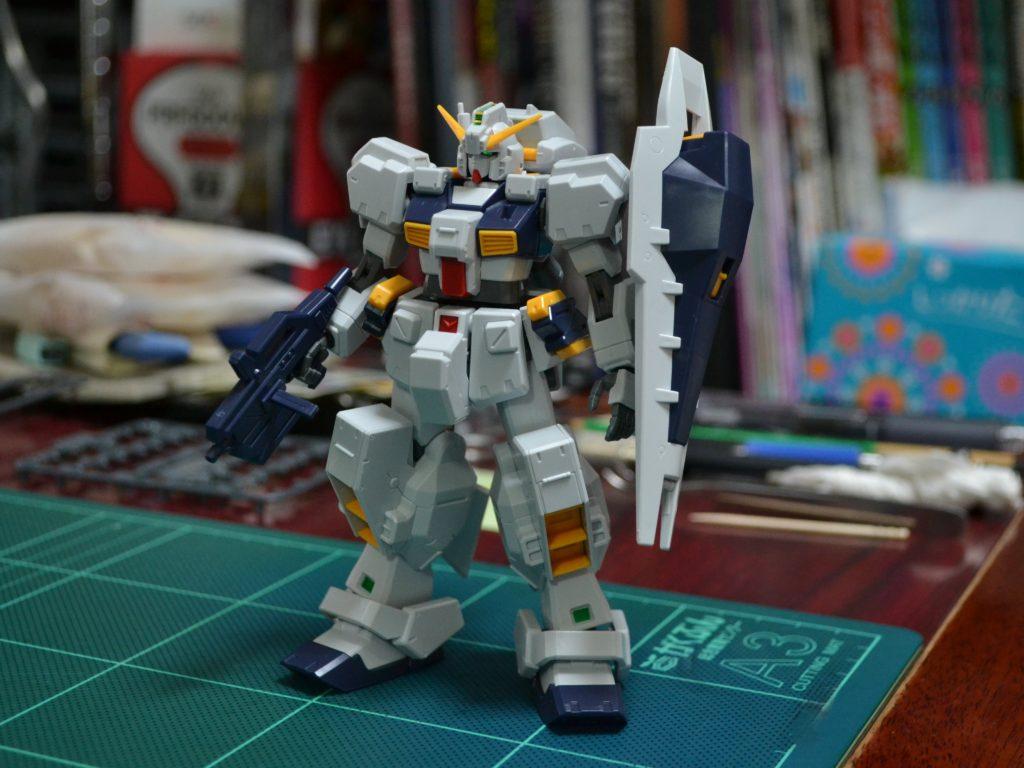 RX-121-1 ガンダムTR-1〈ヘイズル改〉[Gundam TR-1 [Hazel Custom]]《A.O.Z》 正面