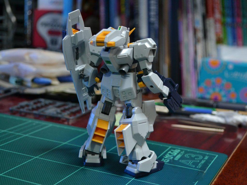 RX-121-1 ガンダムTR-1〈ヘイズル改〉(標準装備)[Gundam TR-1 [Hazel Custom]]《A.O.Z》 背面