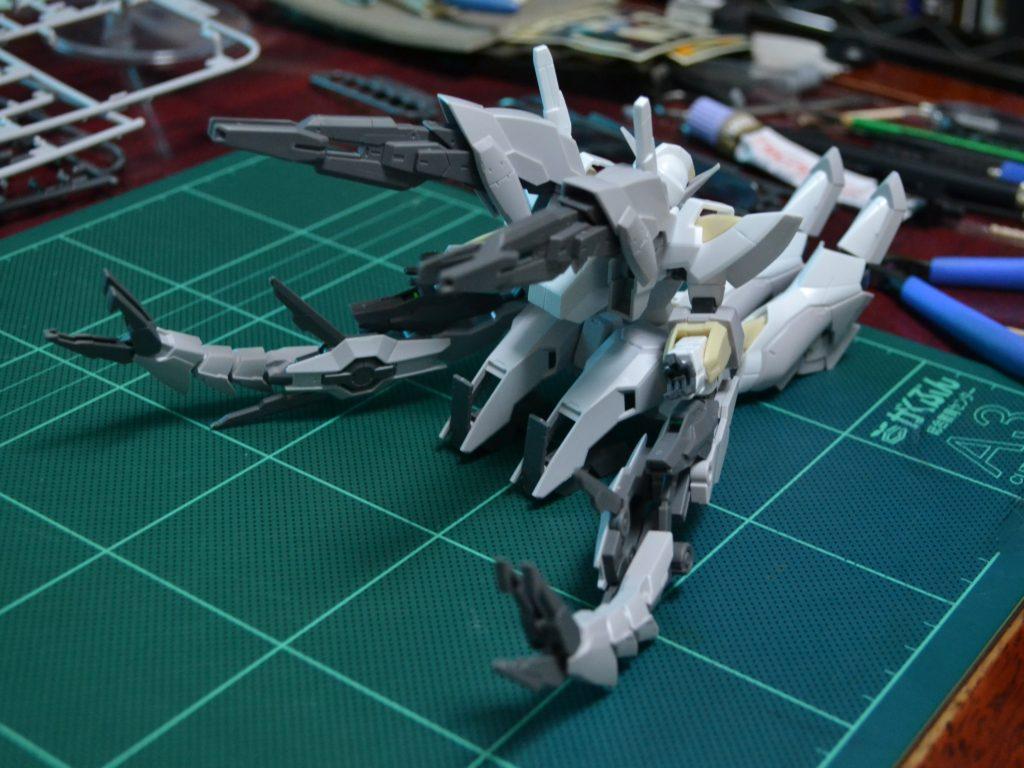 HGBF 1/144 CB-9696G/C/T リバーシブルガンダム [Reversible Gundam] 正面