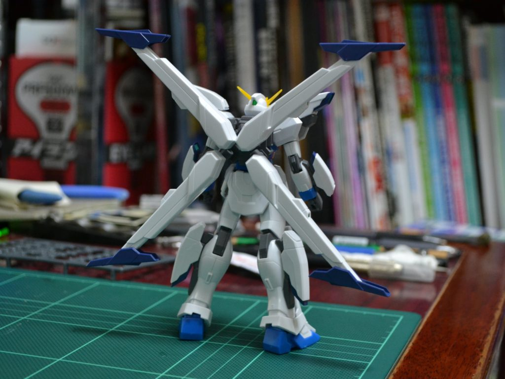 HGBF 1/144 GX-999910 ガンダムX十魔王 背面