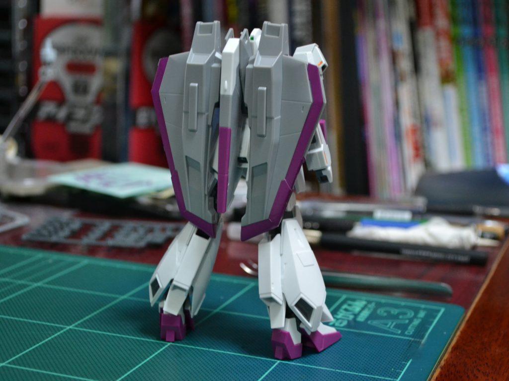 HG 1/144 MSZ-006-3 ゼータガンダム3号機 初期検証型 [Zeta Gundam III] 背面