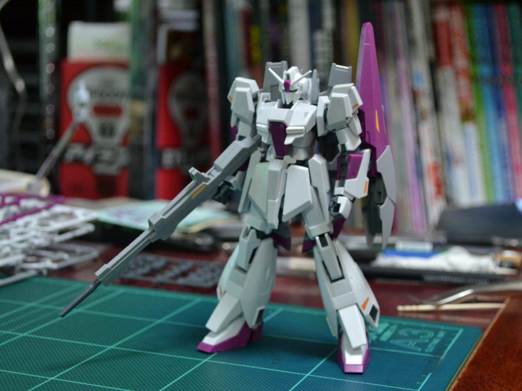 HG 1/144 MSZ-006-3 ゼータガンダム3号機 初期検証型 [Zeta Gundam III] 正面
