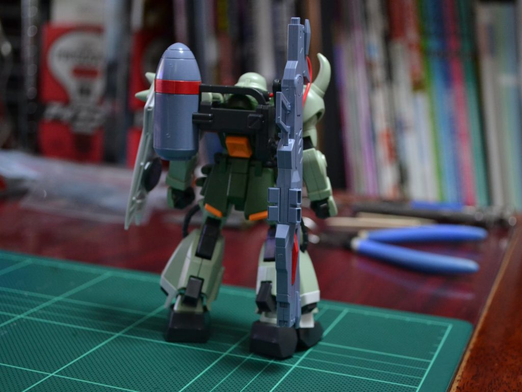 HG 1/144 ZGMF-1000/A1 ガナーザクウォーリア 背面