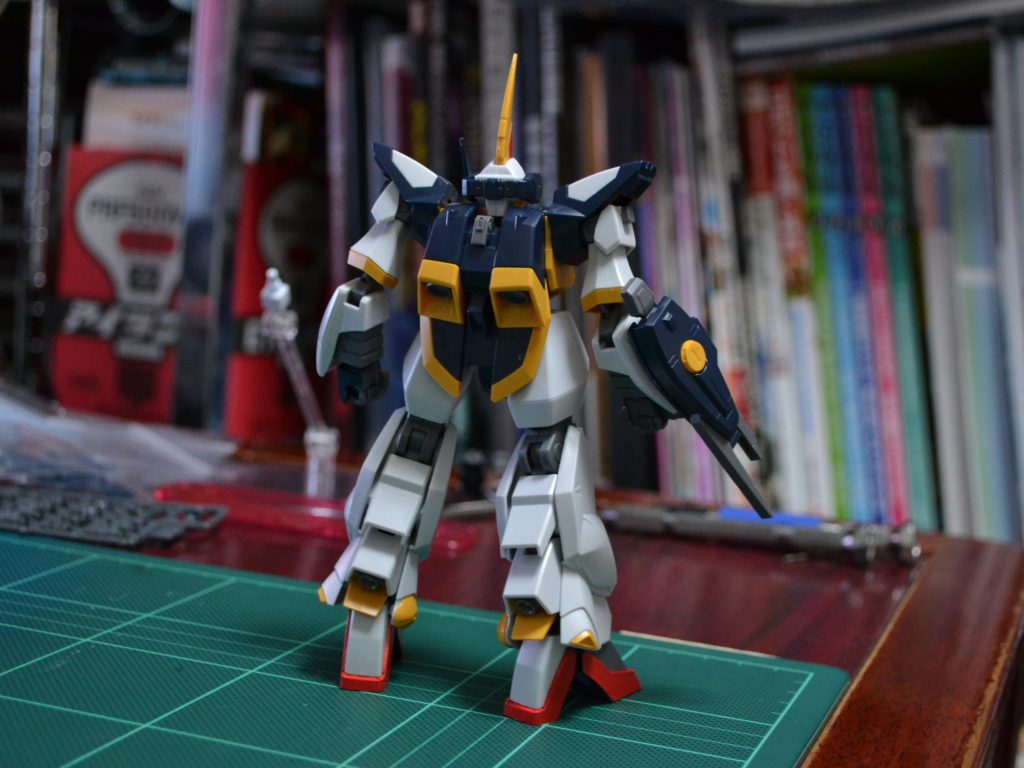 HGBF 1/144 RMS-154[W] ヴァイスバーザム [Weiss Barzam] 背面