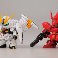 SDガンダム BB戦士 νガンダム vs サザビー THE FATEFUL BATTLE セット(GDHKIII リミテッドカラーVer.)  [νGUNDAM vs SAZABI -THE FATEFUL BATTLE- SET (GDHKIII LIMITED)] 公式画像1