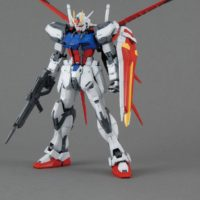 MG 1/100 GAT-X105 エールストライクガンダム Ver.RM [Aile Strike Gundam (Ver. RM)] 素組画像