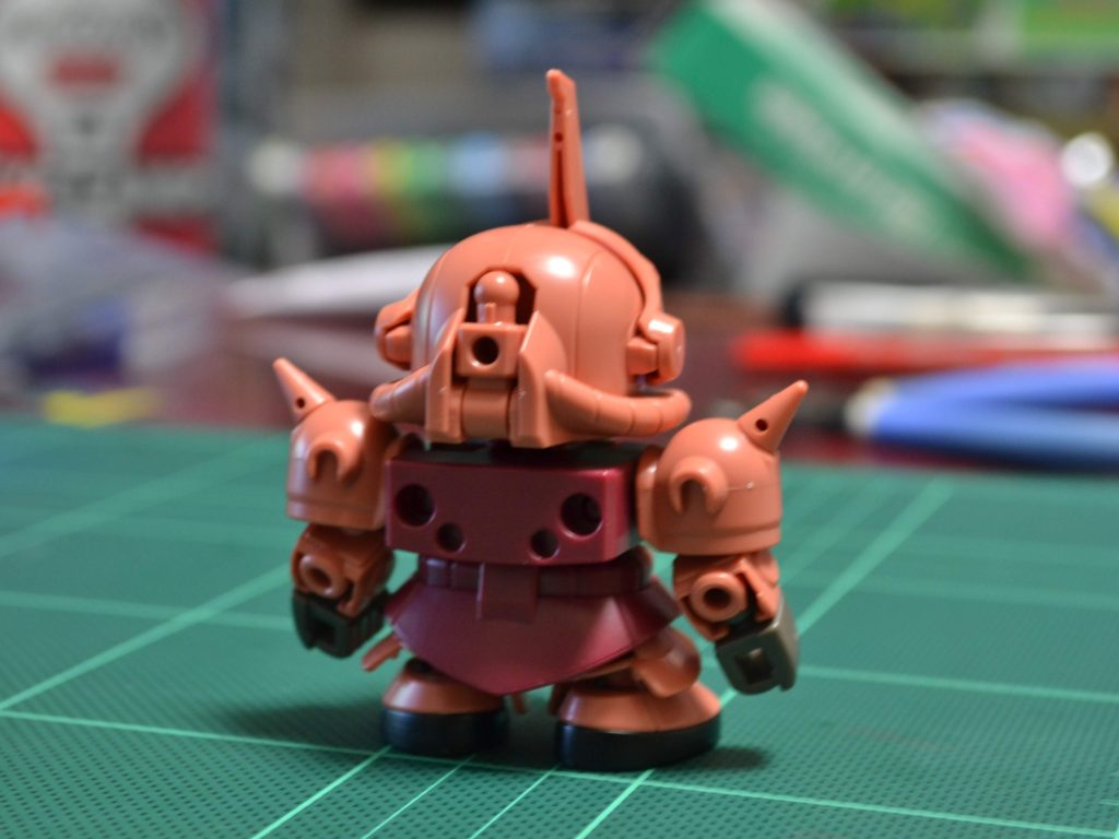 ミニプラ スーパーショックガンダム No.03 SGシャア専用ザク 背面