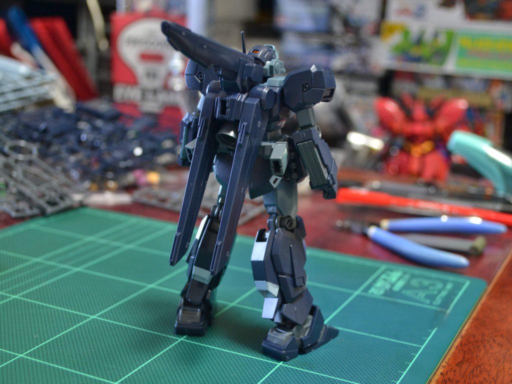 RGM-96X ジェスタ [シェザール隊仕様・A班装備] 背面