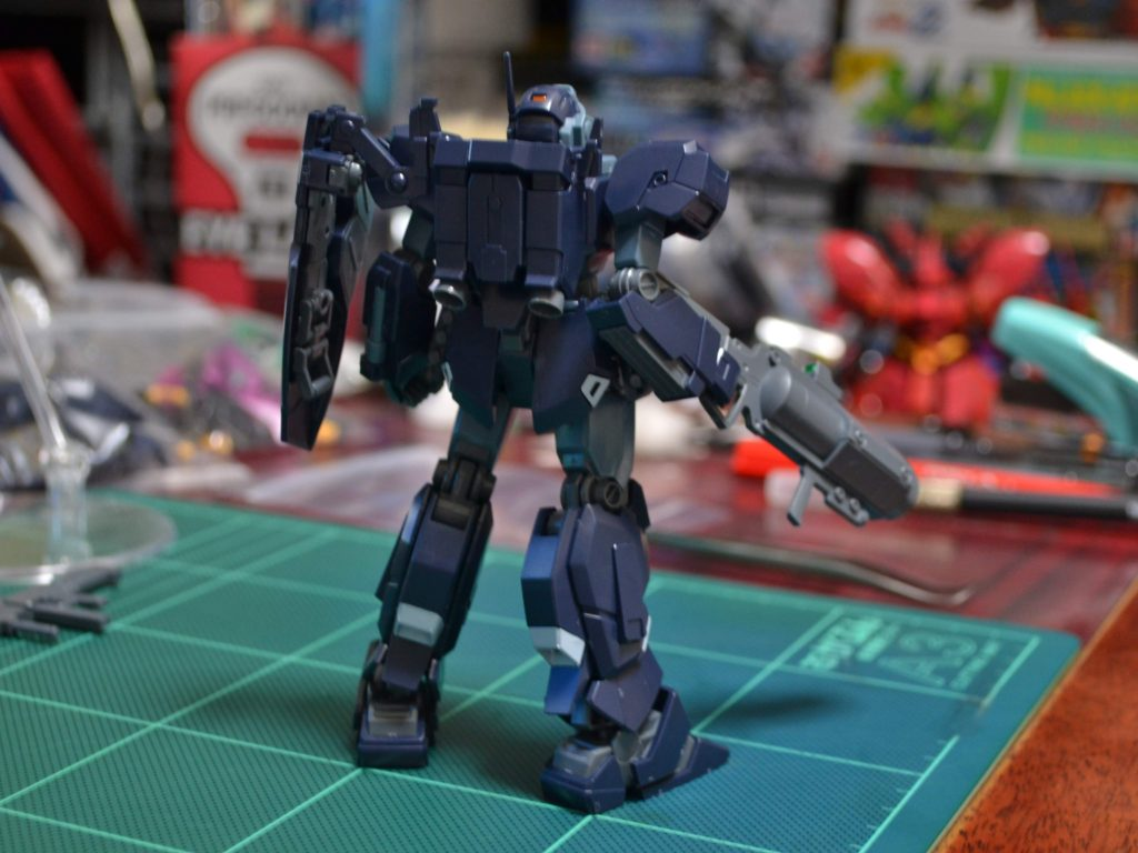 HGUC 1/144 RGM-96X ジェスタ (シェザール隊仕様 B&C班装備) 背面