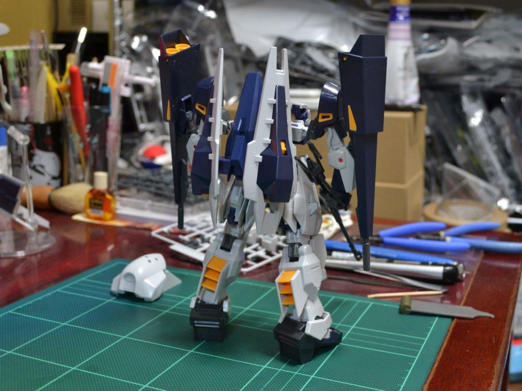 RX-124 ガンダムTR-6〈ギャプランII〉 [Gundam TR-6 (Gaplant II)] 背面