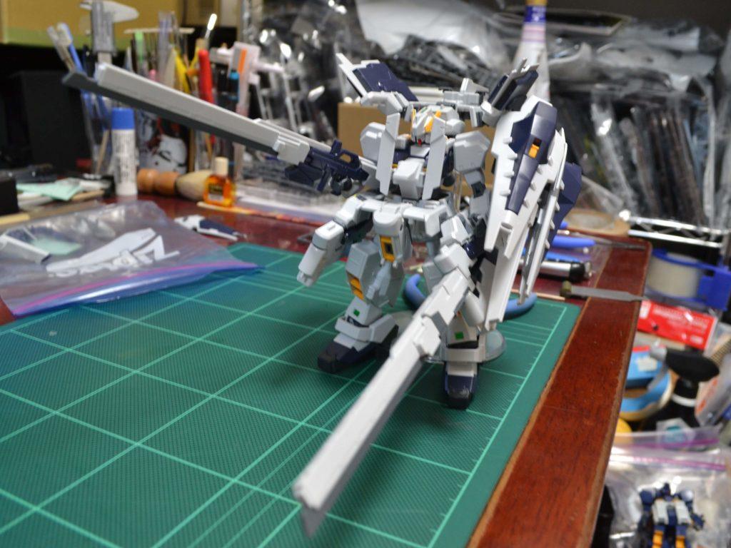 RX-121-1+FF-X29A ガンダムTR-1〈ヘイズル・ラー〉 (第二形態) 正面