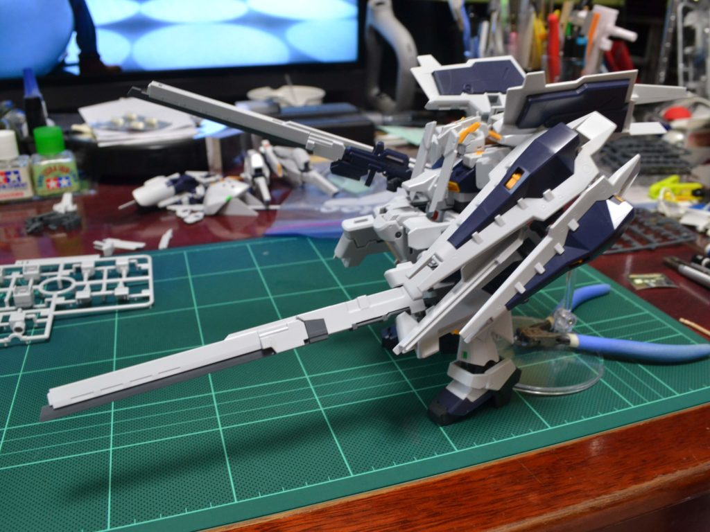 RX-121-1+FF-X29A ガンダムTR-1〈ヘイズル・ラー〉 (第二形態) 背面