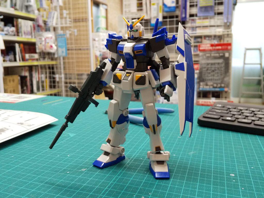 """RX-78-4 ガンダム4号機 [Gundam Unit 4 """"G04""""] 正面"""