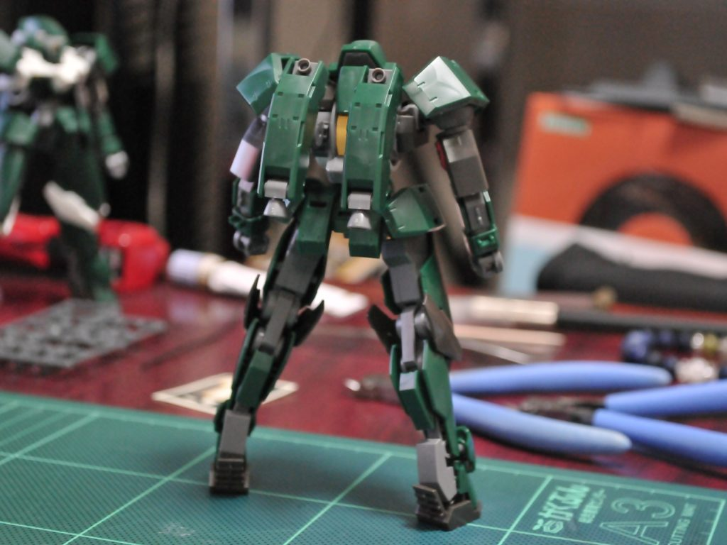 HG 1/144 EB-08 モビルレギンレイズ(一般機) [Reginlaze (Standard Type)] 背面