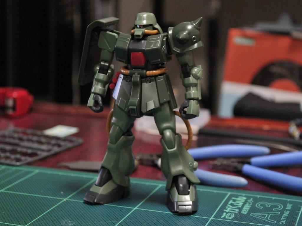 HGUC 1/144 MS-06FZ ザクII改 Bタイプ(ユニコーンVer.) 正面