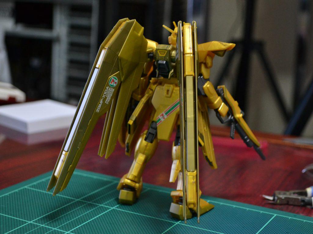 HGCE 1/144 ZGMF-X10A フリーダムガンダム「ゴールドインジェクションカラー」[FREEDOM GUNDAM GOLD INJECTION COLOR] 背面