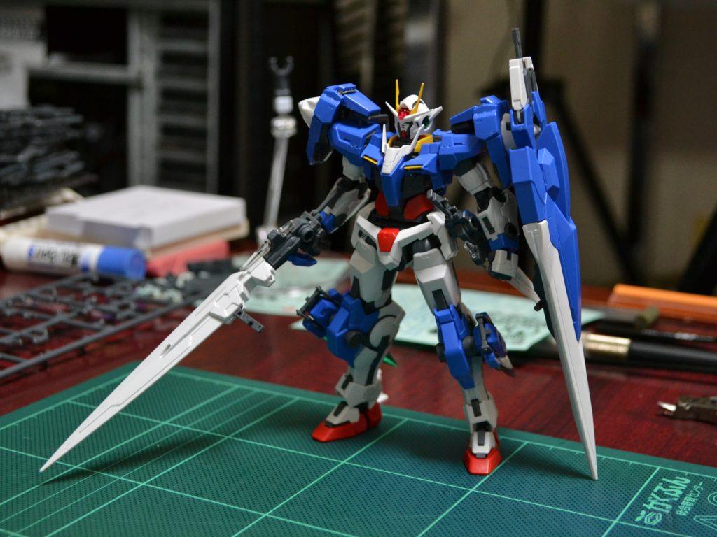 RG 1/144 GN-0000/7S ダブルオーガンダム セブンソード [00 Gundam Seven Sword] 4549660136798 正面
