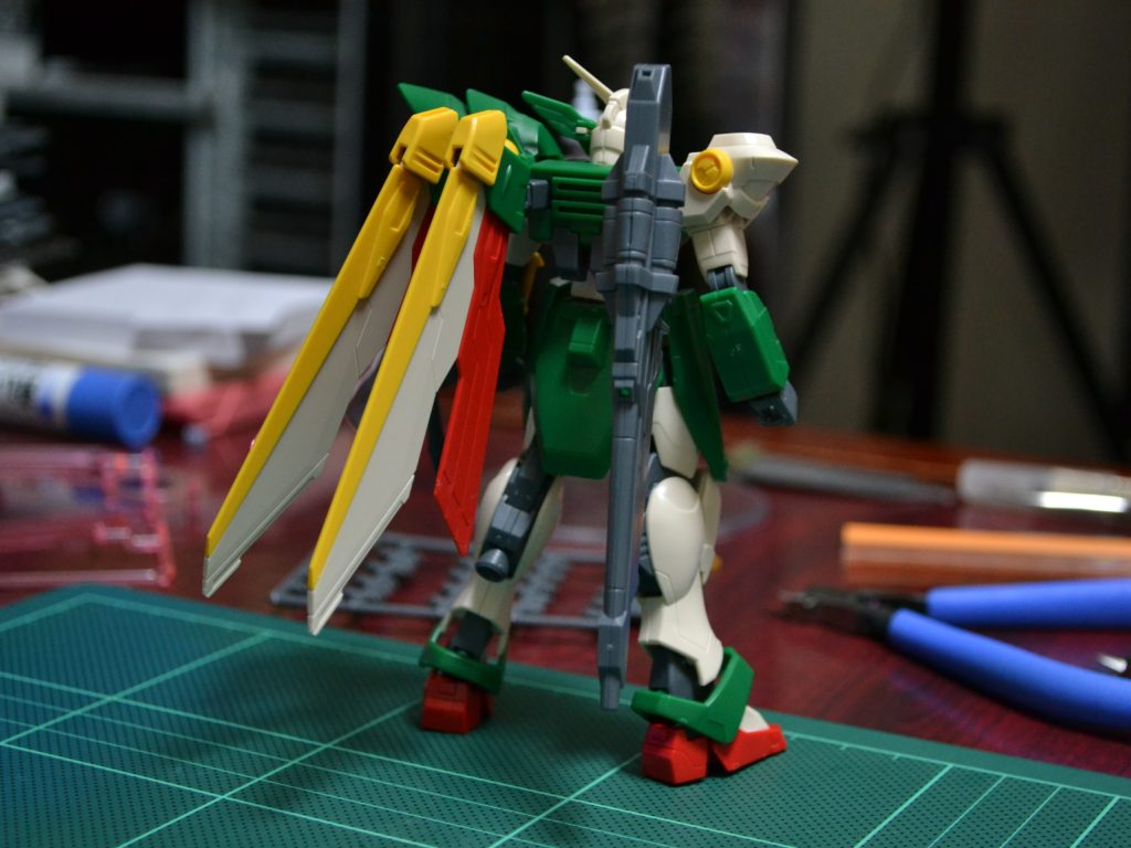 HGBF 1/144 XXXG-01Wf ウイングガンダムフェニーチェ [Wing Gundam Fenice] 背面