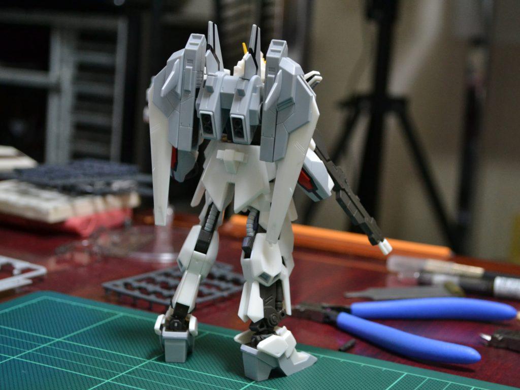 HGBF 1/144 GSX-40100 ルナゲイザーガンダム [Lunagazer Gundam] 背面