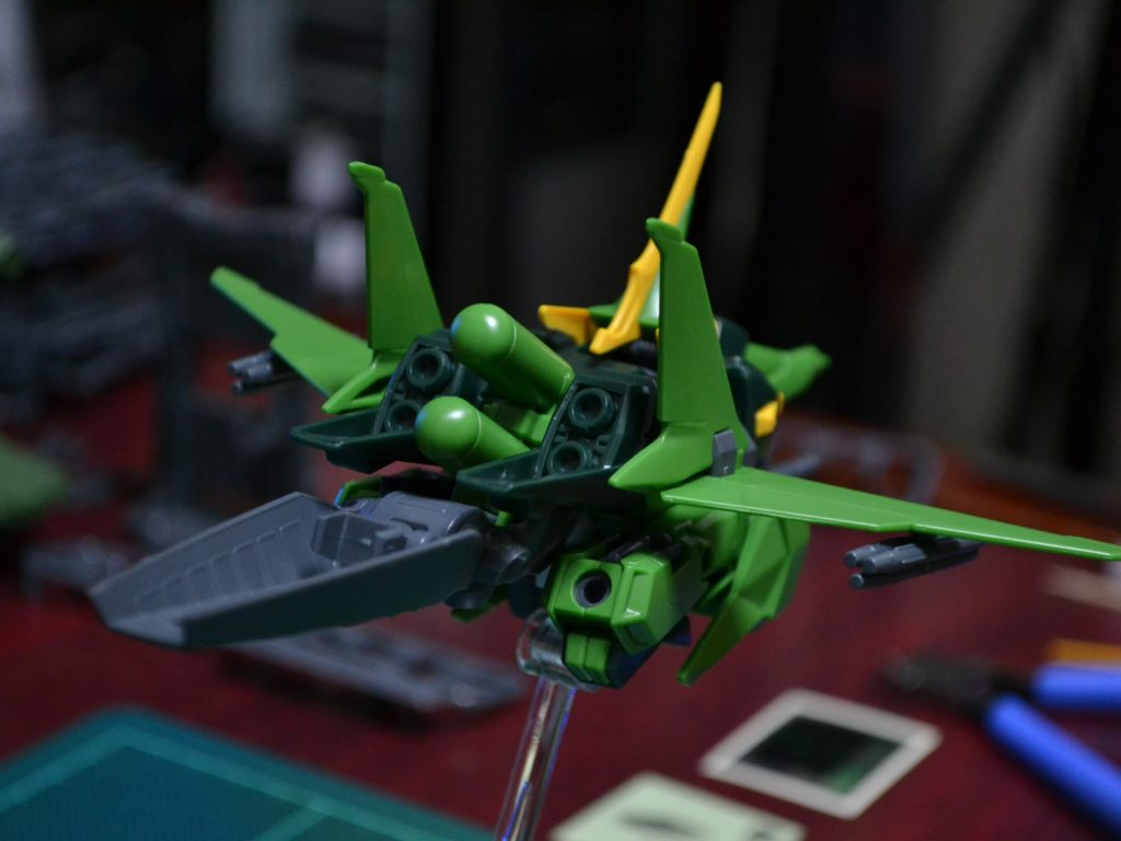 HGUC 1/144 AMX-107 バウ(量産型) 背面