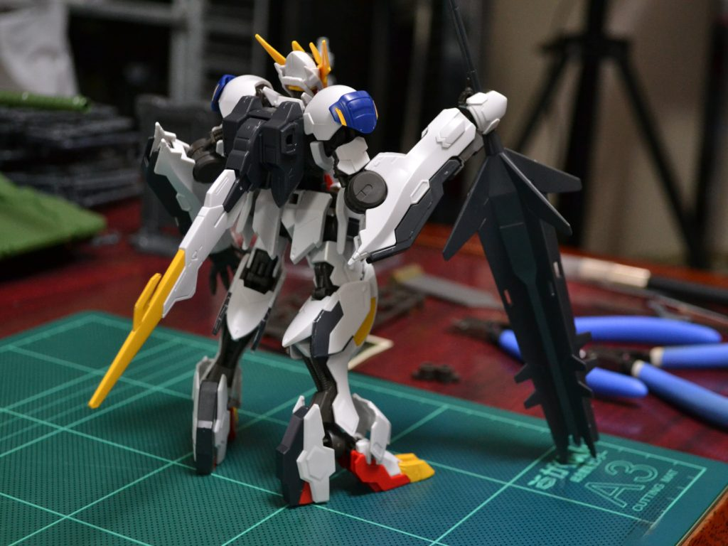 HG 1/144 ASW-G-08 ガンダムバルバトスルプスレクス [Gundam Barbatos Lupus Rex] 背面