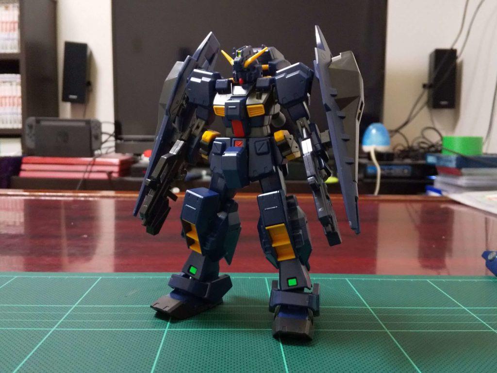 RX-121-1 ガンダムTR-1〈ヘイズル改〉(強襲形態)[Gundam TR-1 [Hazel Custom]]《A.O.Z》 正面