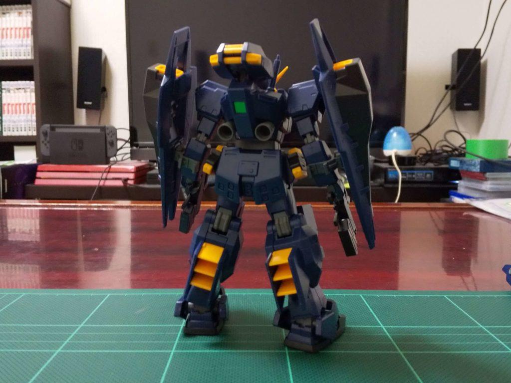 RX-121-1 ガンダムTR-1〈ヘイズル改〉(強襲形態)[Gundam TR-1 [Hazel Custom]]《A.O.Z》 背面