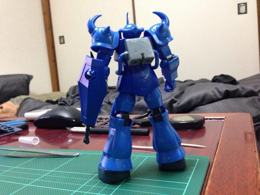 HGUC 009 1/144 MS-07B グフ 背面