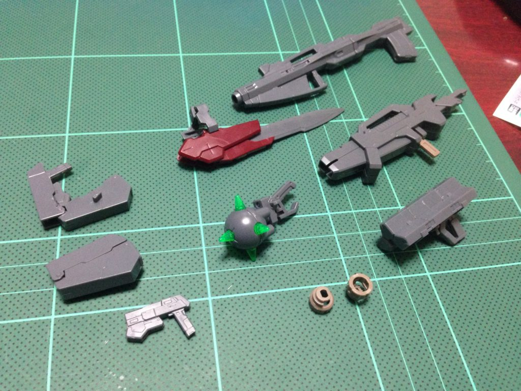 HG 1/144 GNY-001F ガンダムアストレア タイプF セット内容