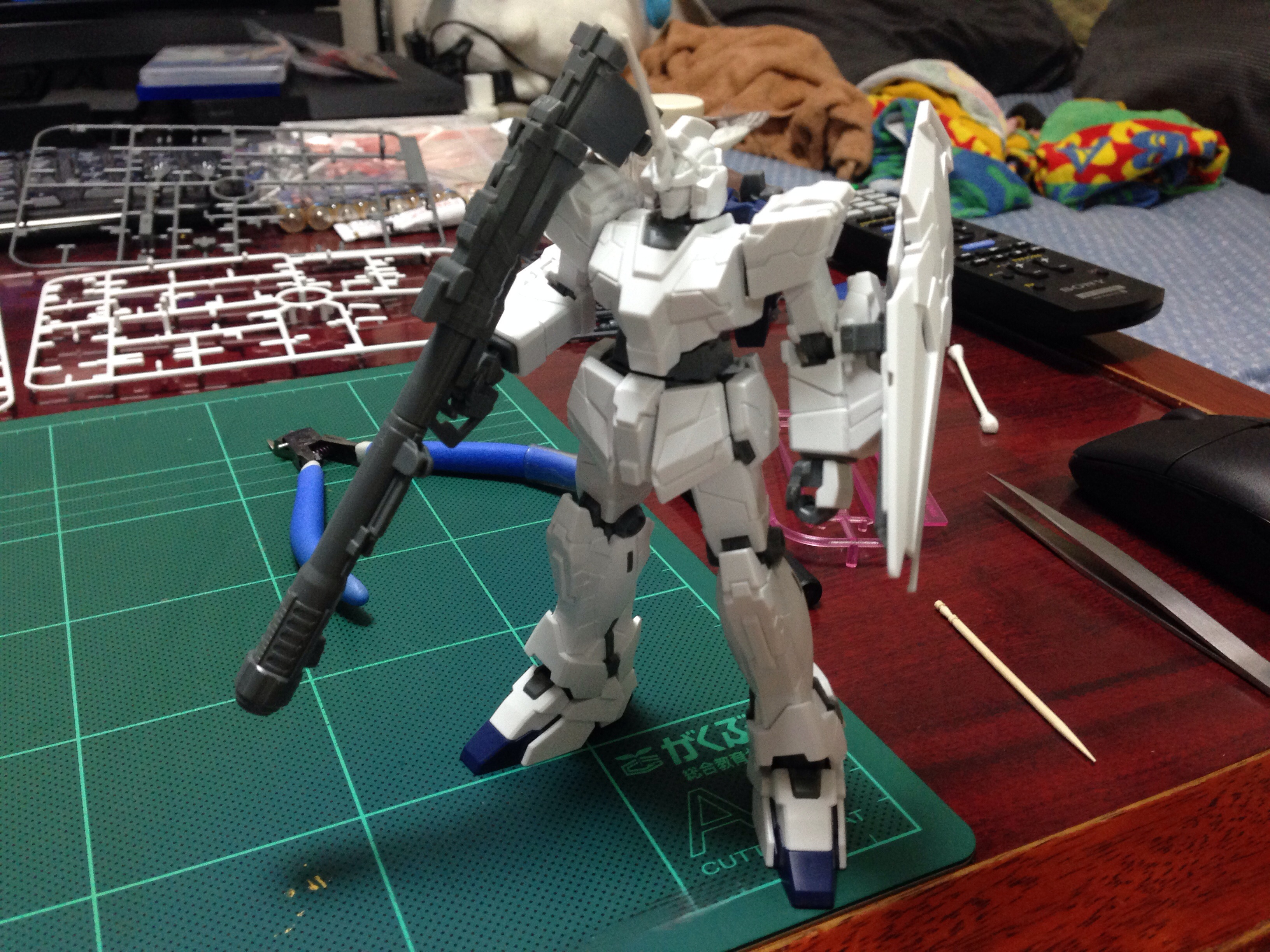 HGUC 1/144 RX-0 ユニコーンガンダム(ユニコーンモード) [Unicorn Gundam (Unicorn Mode)]