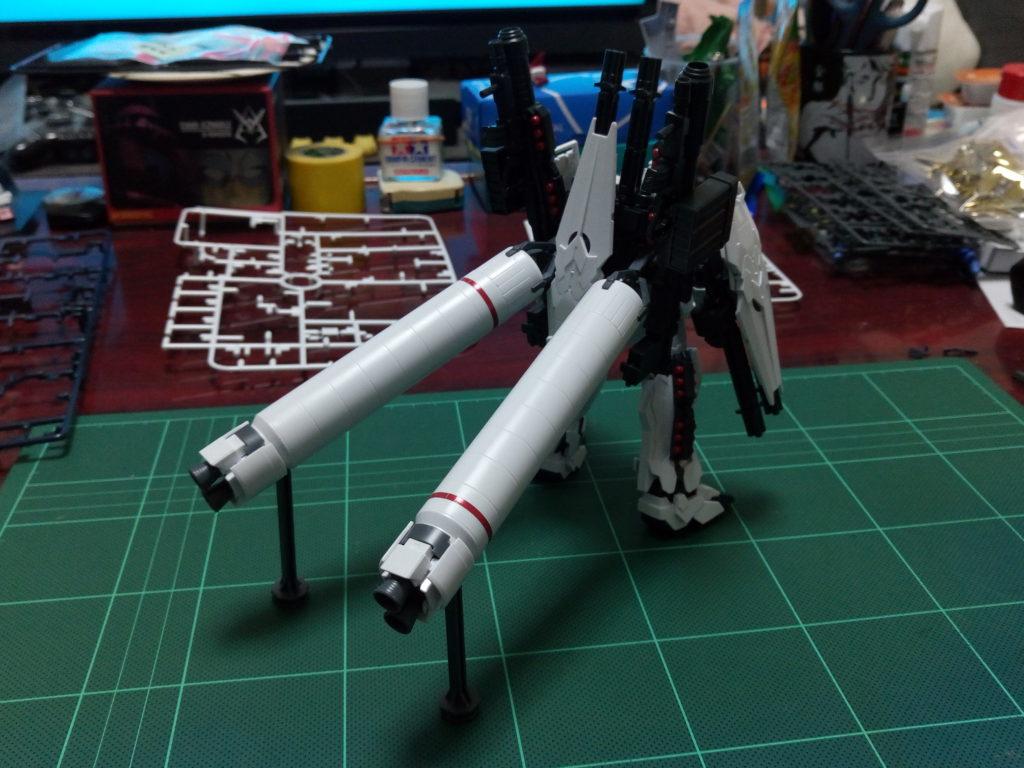 HGUC 1/144 RX-0 フルアーマー・ユニコーンガンダム(ユニコーンモード) 背面