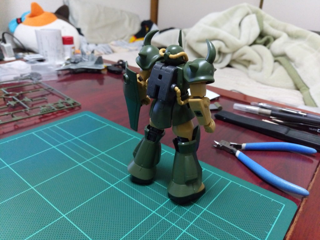 HGUC 1/144 REVIVE グフ(21stCENTURY REALTYPE Ver.) 背面