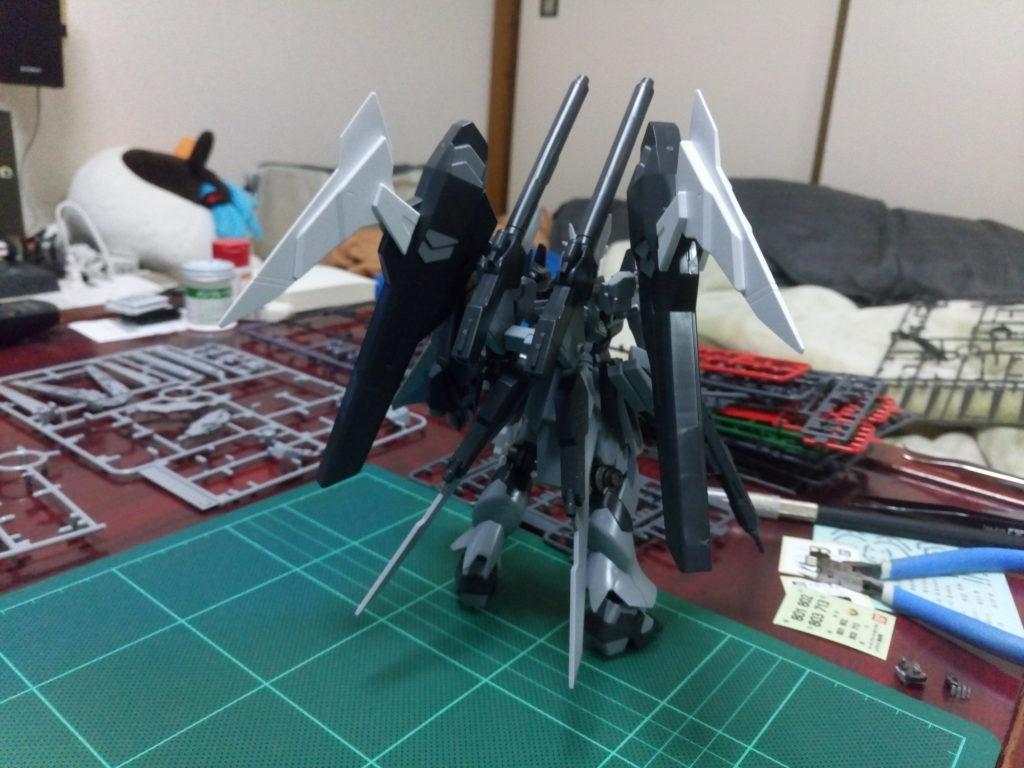 HGBF 1/144 RX-93ν-2I Hi-νガンダムインフラックス [Hi-ν Gundam Influx] 背面